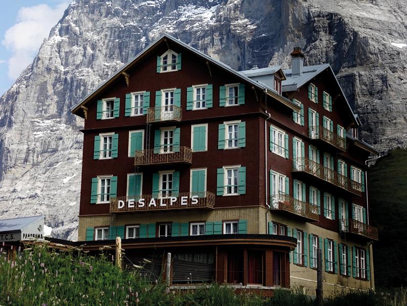 Hôtellerie: chute sans précédent des nuitées